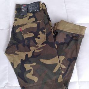 Levi's 511 Camouflage Commuter Pants